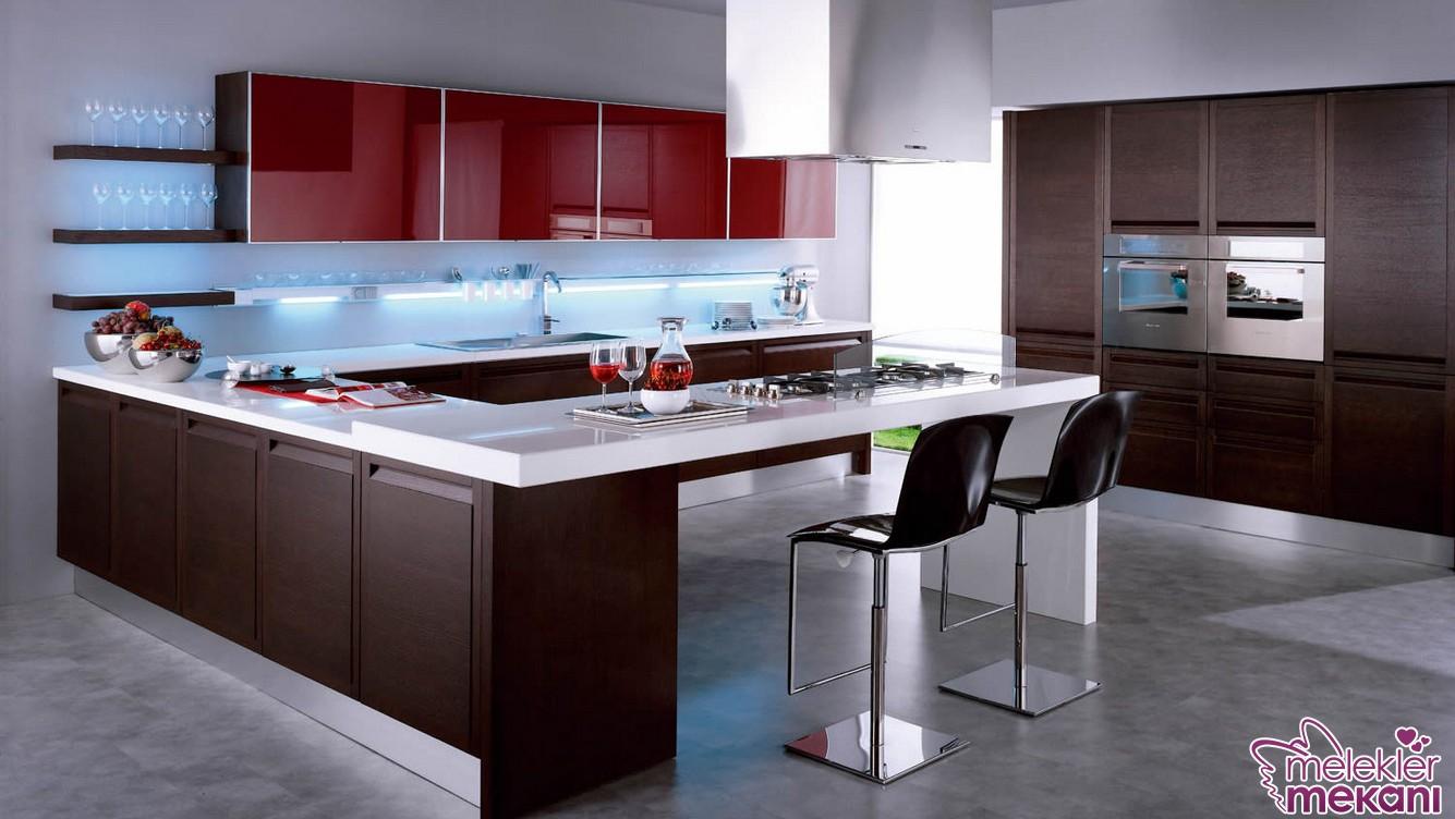 Ada mutfak modelelri ile lüks görünümü mutfağınıza davet edebilirsiniz