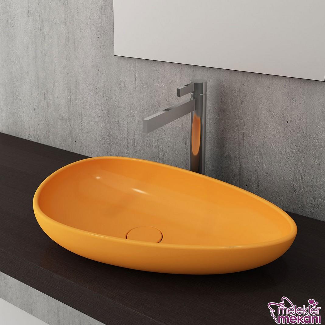 Banyolarınızda tercih edebileceğiniz yeni sezon bocchi sarı çanak lavabo modeli ile farklı bir banyo dekorasyonu oluşturabilirsiniz.