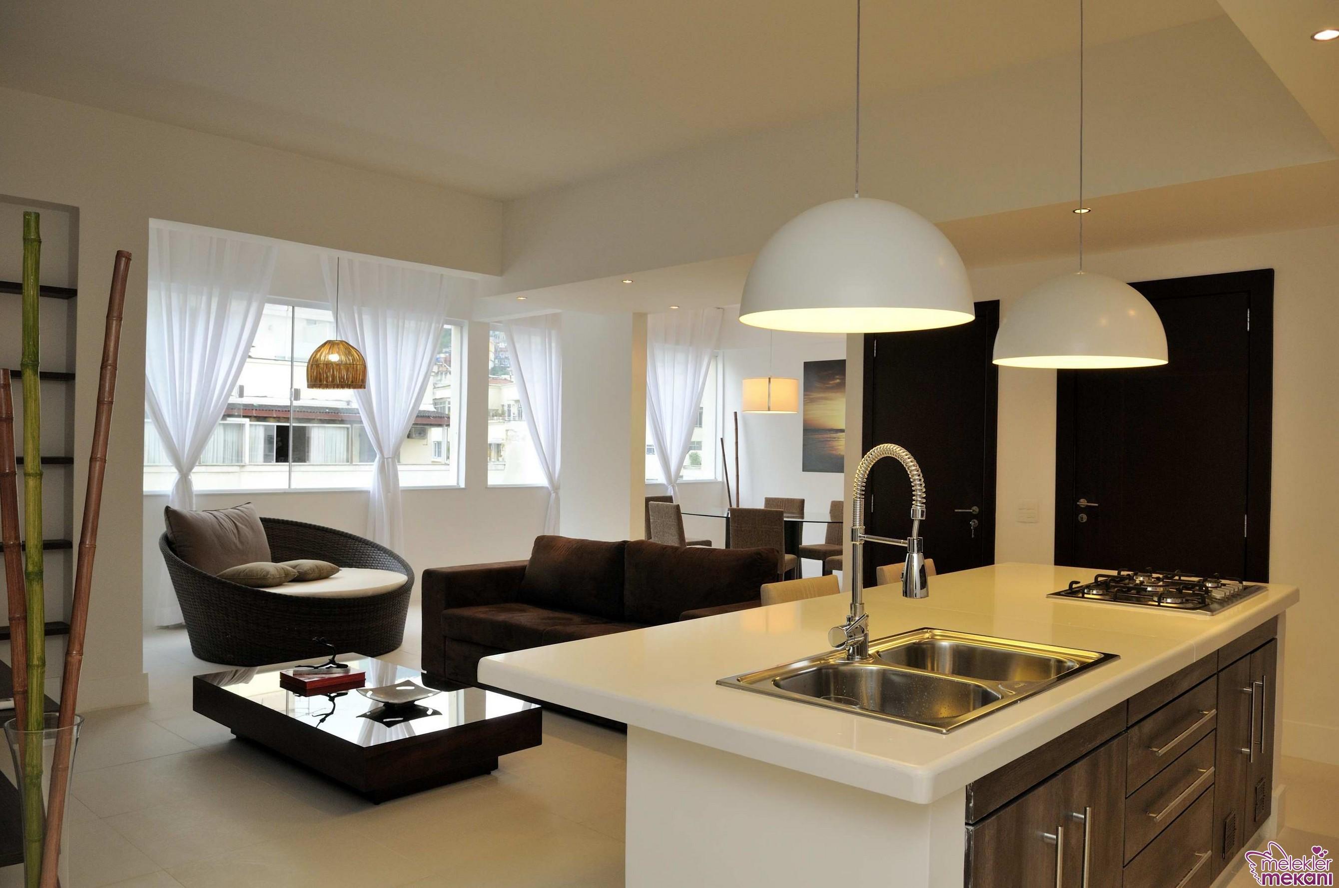 Yeni sezon mutfak aydınlatmaları ile gelen mutfak dekorasyonları ile dekoratifliğe yer açabilirsiniz.