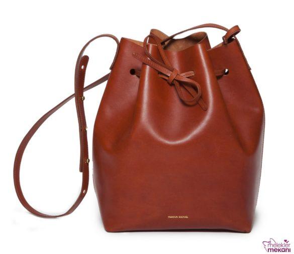kahverengi büzgülü çanta modeli