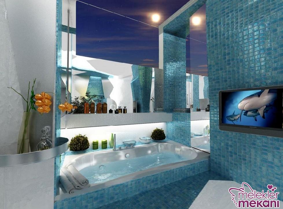 Banyo dekorasyon değişiminizde modern banyo dekoru oluştururken mavi banyo fayans  ve mozaik modelleri seçiminde bulunabilirsiniz.
