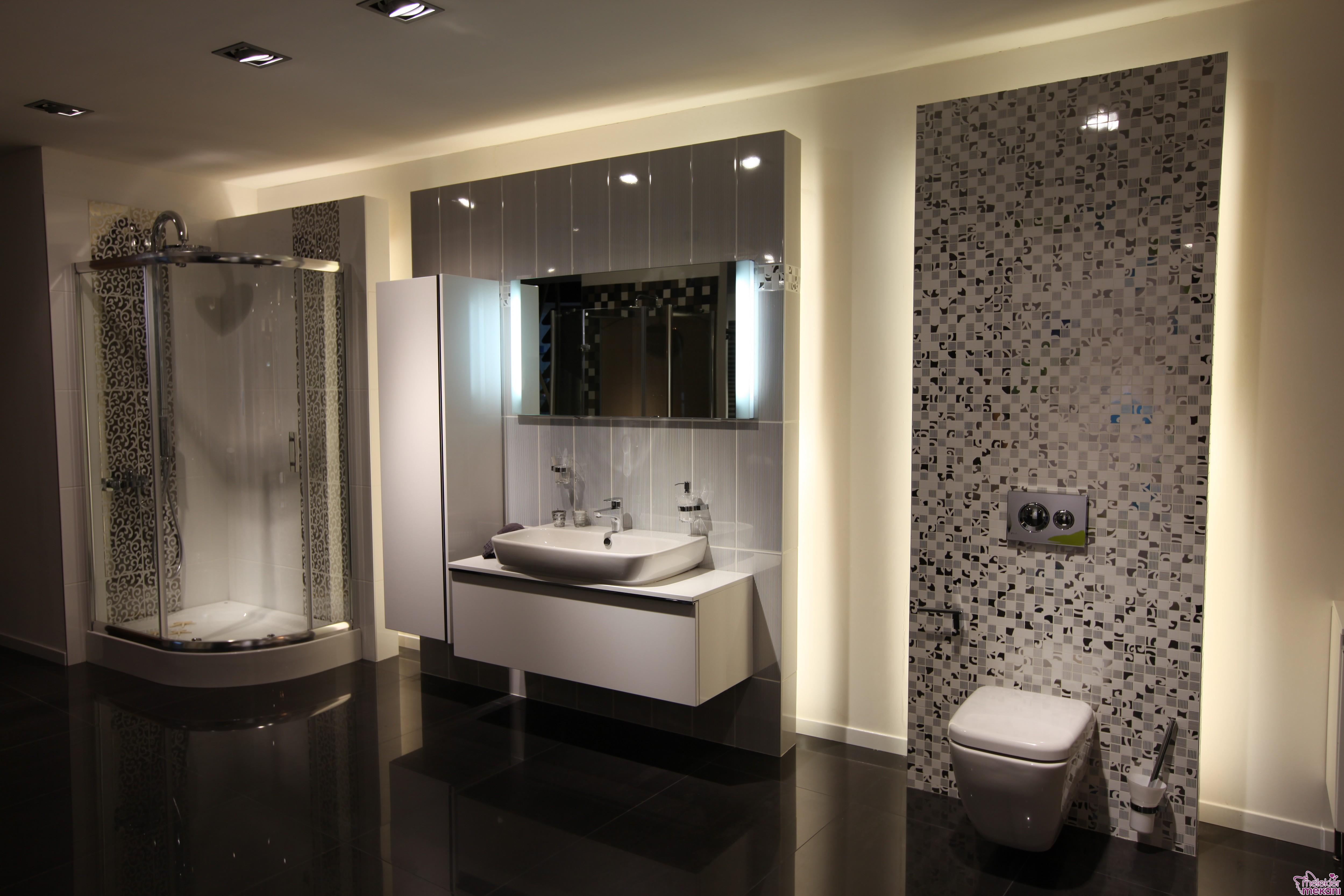 Şık ve gösterişli banyo dolap modelleri seçiminizi Vitra mağaza ziyareti ile gerçekleştirebilirsiniz.