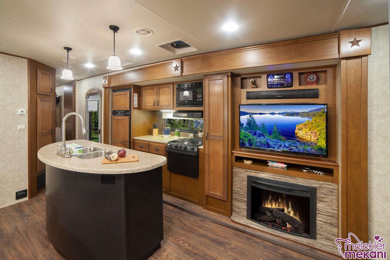 Ada mutfak modelleri mutfağınızda kullanışlı alan sunumunu gerçekleştirebilecektir.
