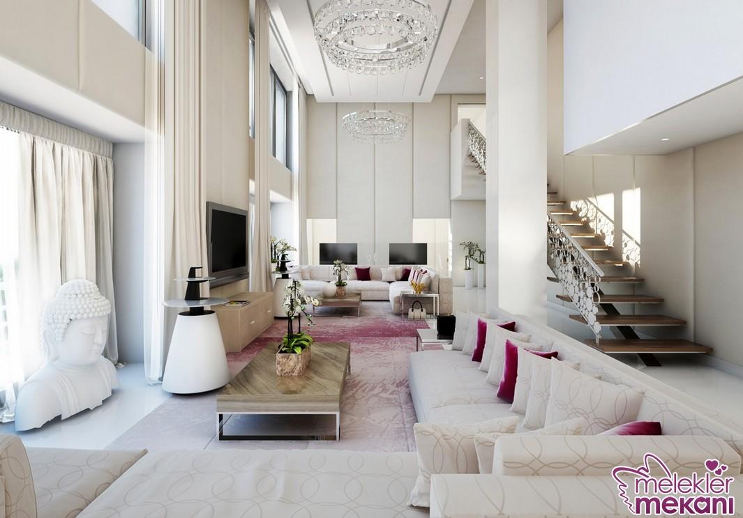 Dikdörtgen salon dekorasyonu önerisinde şık koltuklarla göz alıcılık yakalayabilirsiniz.