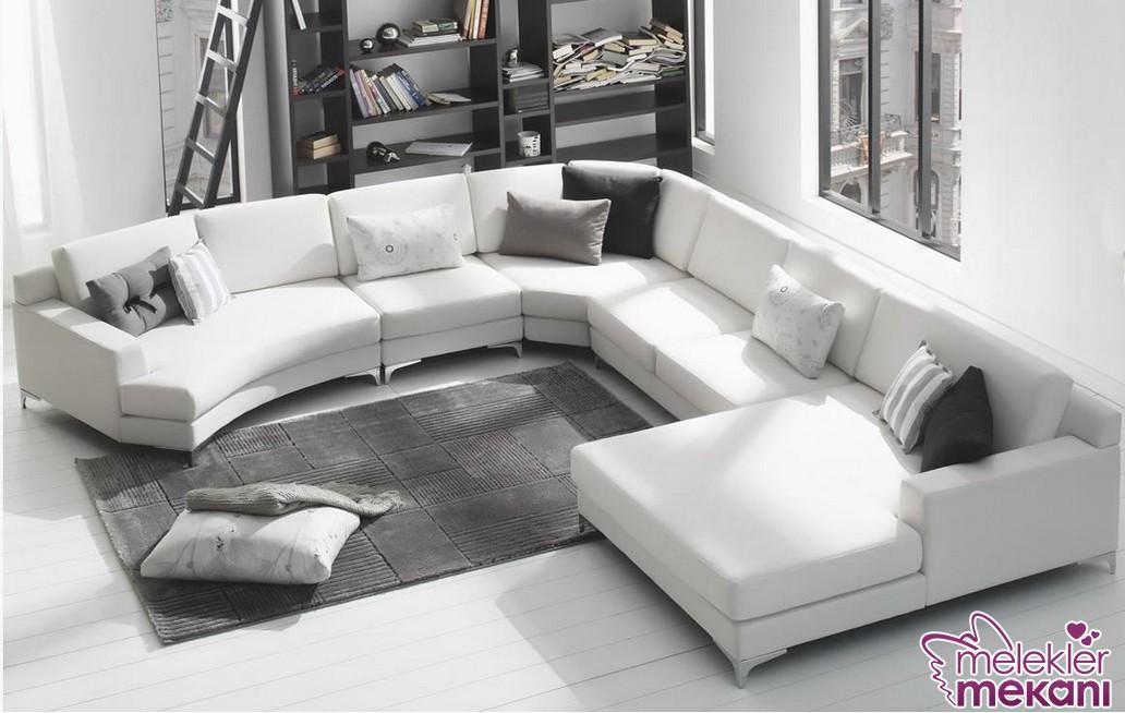Yeni sezon köşe koltuk takımları beyaz tercihiniz sayesinde en ferah salonlar sizinle olabilecek.