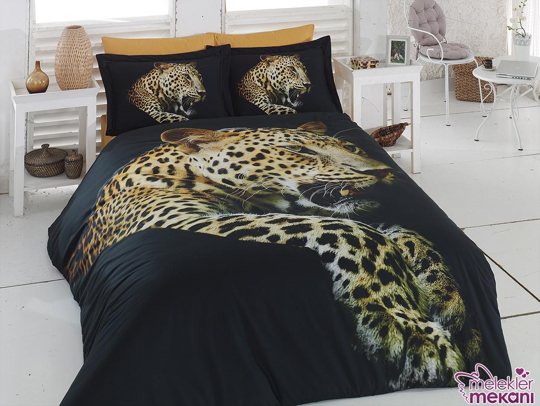 Yeni sezonda Lisse Home leopar desenli nevresim takımı tercihinde bulunarak yatak odalarınıza estetik görünümler kazandırabilirsiniz.