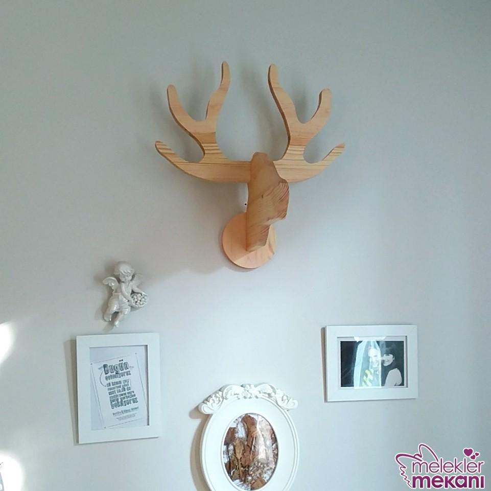 Ahşap geyik kafası ile duvarlarınızda özel etkiler yakalama şansınız olabilecek.