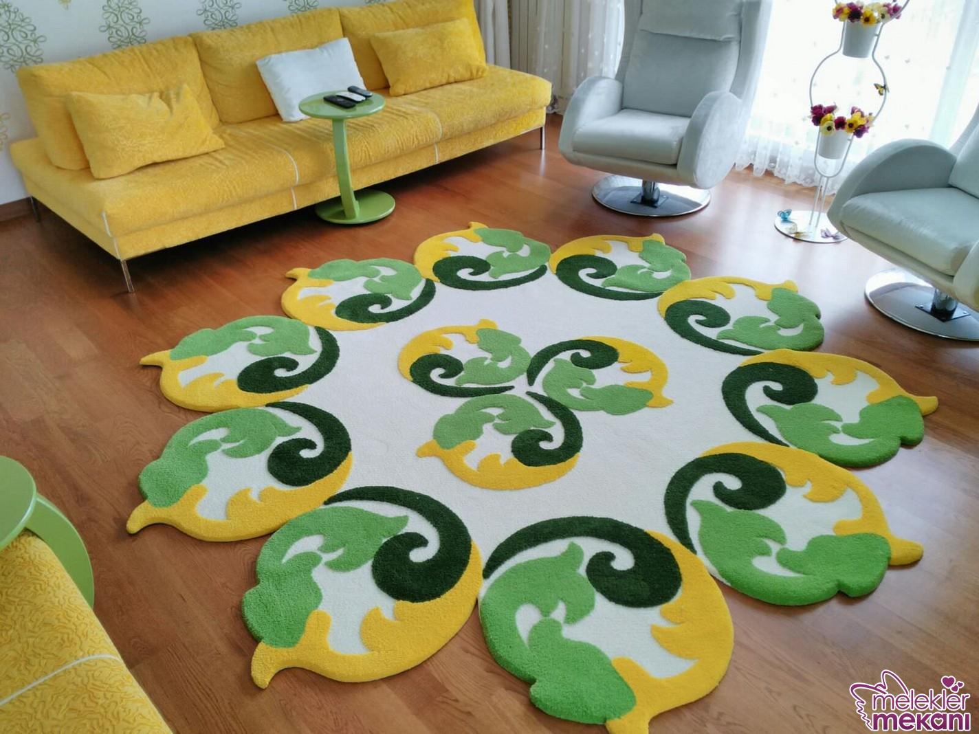 Farklı renklerdeki estetik halı tasarımlarına evinizde yer açabilirsiniz.