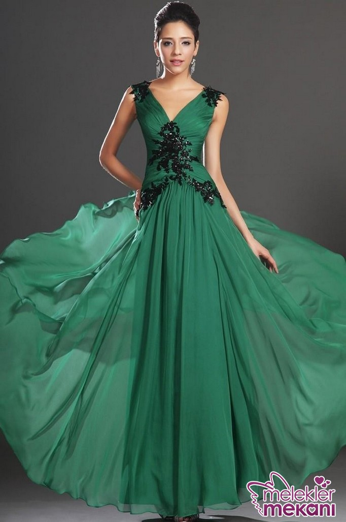 2016-Sale-Prom-font-b-Dresses-b-font-New-Floor-Length-Gown-V-Neck-Appliques-Spaghetti.JPG