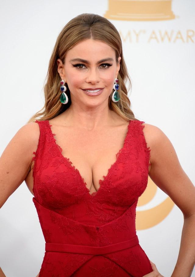 65.-Emmy-Ödülleri-Kırmızı-Halı-Saçlar-3.jpg
