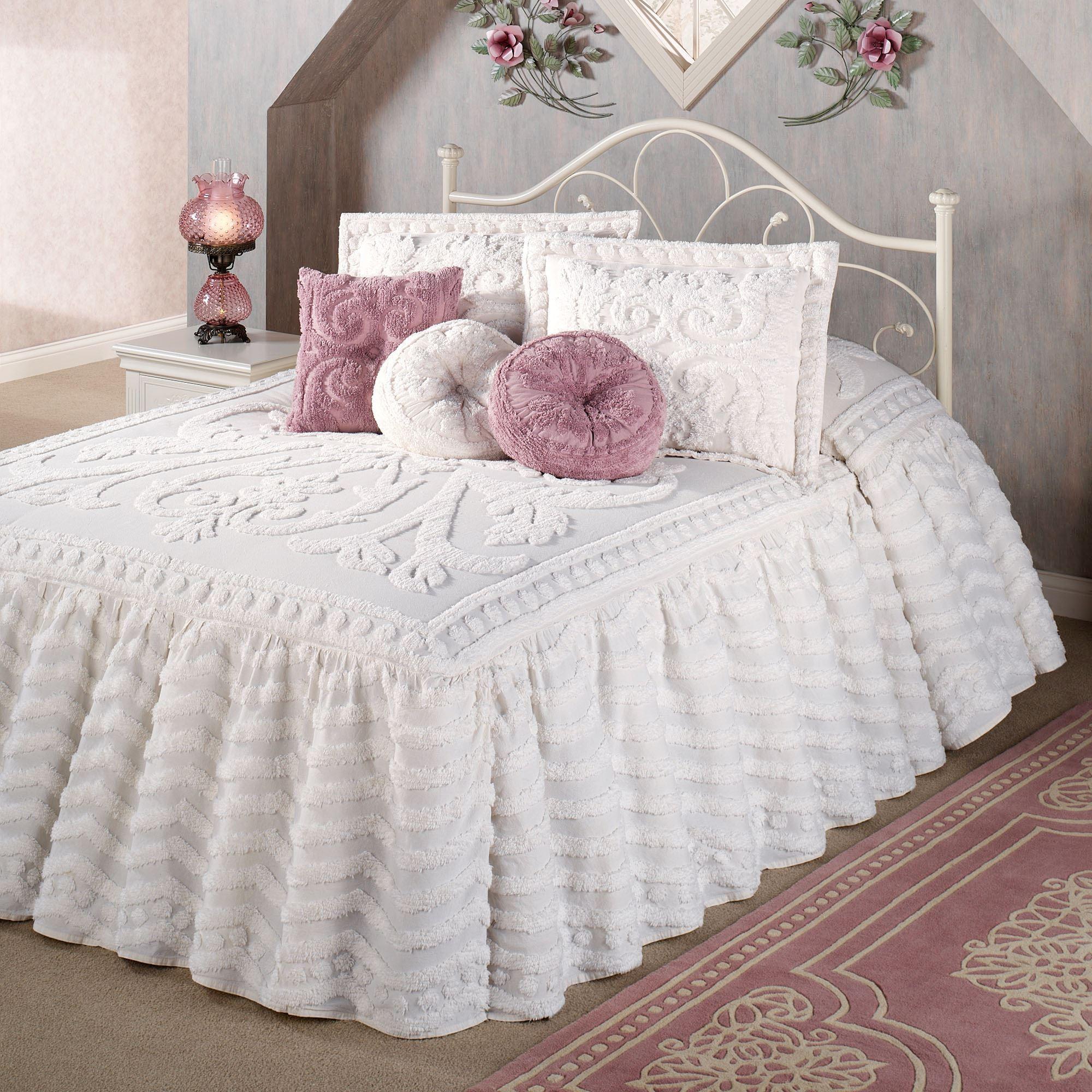a005-001_6-jpg.77441 Yatak örtüsü modellerinde şıklık için buraya! Melekler Mekanı Forum