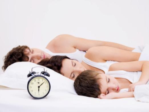 anne-baba-birlikte-uyumak.jpg