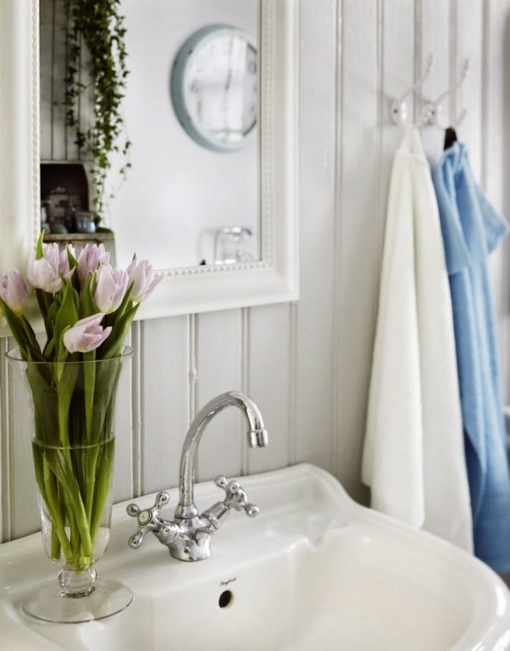 beautiful-white-sink-with-floral-ornament-in-shabby-chic-bathroom-design.jpg