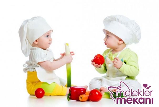 bebeklere-1-yasindan-once-verilmemesi-gereken-besinler.JPG