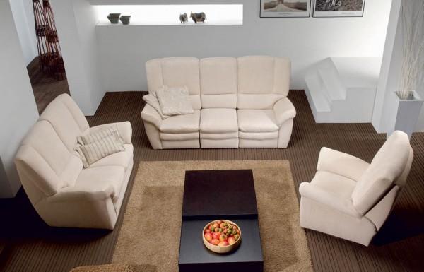 beyaz-renkli-koltuk-ve-kanepe-mobilyaları-.jpg