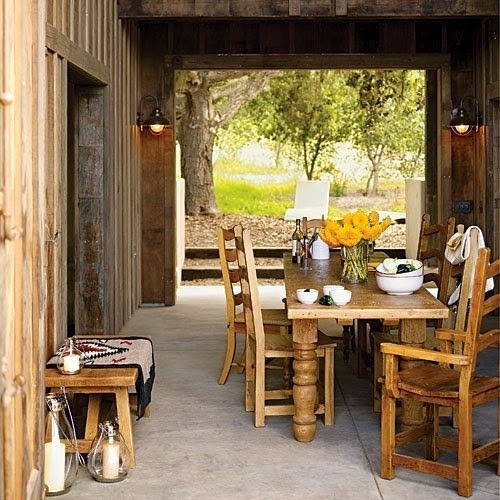 calm-and-airy-rustic-dining-room-designs-1.jpg