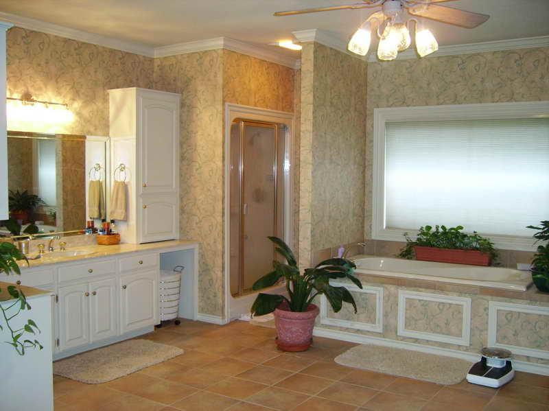 cicekli-banyo-dekorasyon-ornekleri.jpg