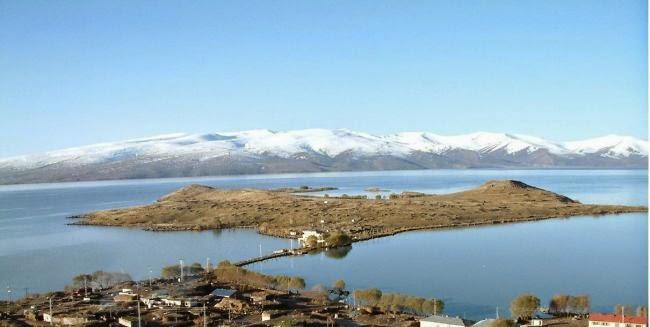 Çıldır Gölü Ardahan.jpg