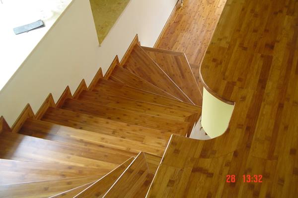 cok-guzel-ahsap-merdiven-resimleri.jpg