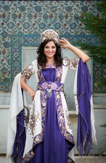 hurrem-sultan-bindalli-kaftan-kina-elbisesi.jpg
