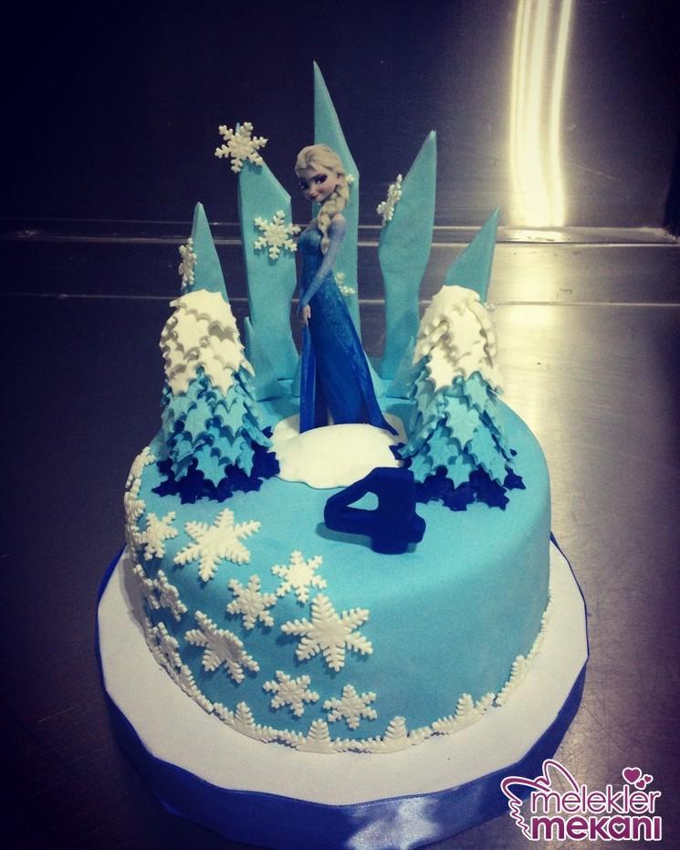 img_3681-819x1024-jpg.73990 Karlar ülkesi prensesi frozenli doğum günü pastaları Melekler Mekanı Forum