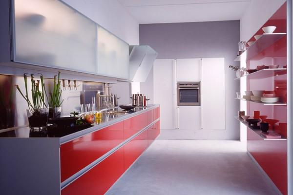 kırmızı-beyaz-modern-mutfak-dekorasyonu-600x400.jpg