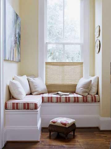 kis-kosesi-dekorasyon-fikirleri-krem-kirmizi-sedir-mum-isigi-duvar-rengi.jpg