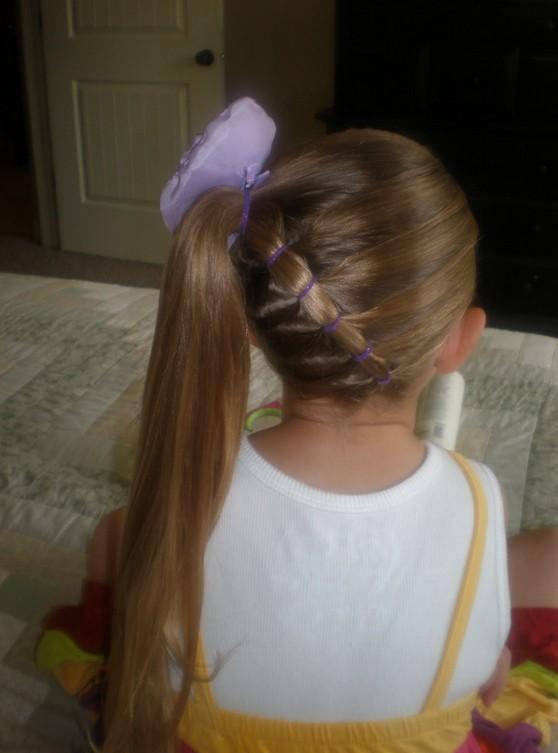 kız-çocuklarına-saç-modelleri-2014 (5).jpg