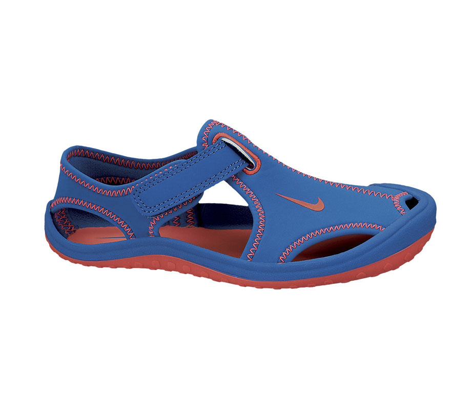 nike-çocuk-sandalet-2014 (4).jpg