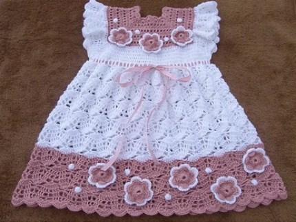 örgü bebek elbise (24).jpg