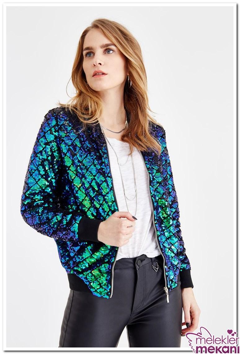 pul detaylı ceket.jpg