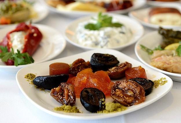 ramazanda-beslenme-jpg.33801 Ramazan Ayına Özel Beslenme Programı Burada! Melekler Mekanı Forum