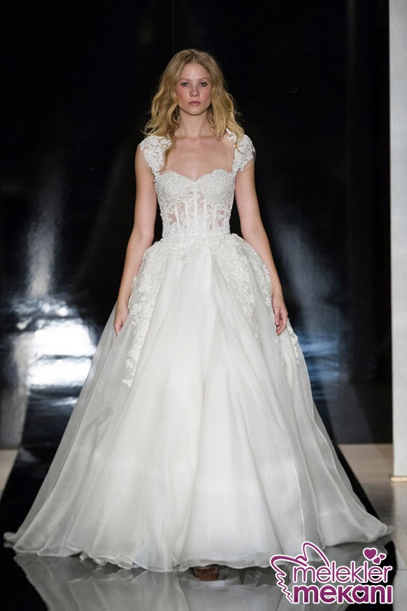 Reem-Acra-Bridal-Spring-2017-Dresses27.JPG