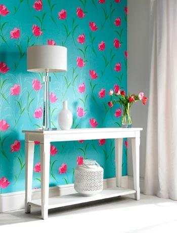 renkli çiçekli duvar kağıdı.jpg
