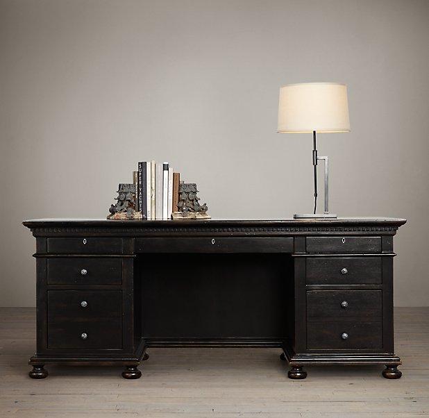 siyah-çalışma-masası.jpg