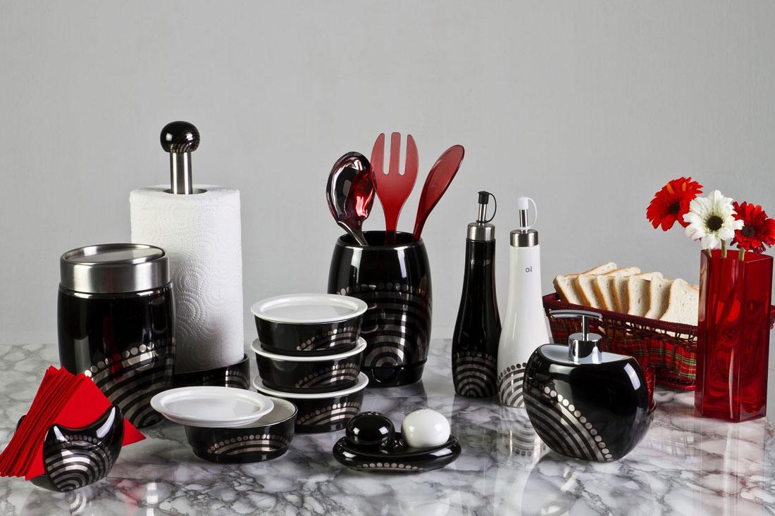 siyah-Mutfak-Aksesuarları.jpg