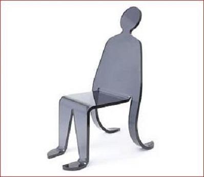 siyah-plastik-ilginç-sandalye-tasarım.jpg