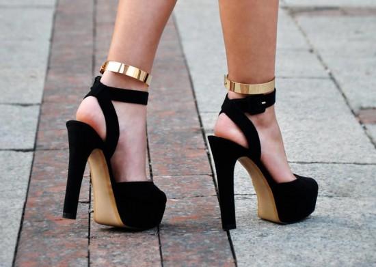 Siyah-topuklu-ayakkabı-modası-2014-19.jpg