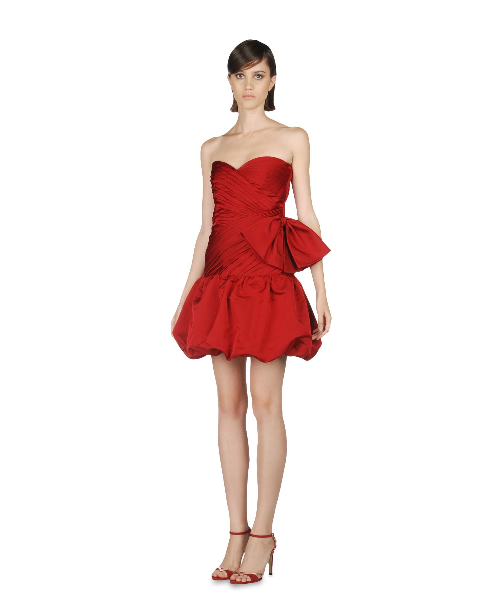 Valentino-kırmızı-kısa-straplez-abiye-elbise.jpg