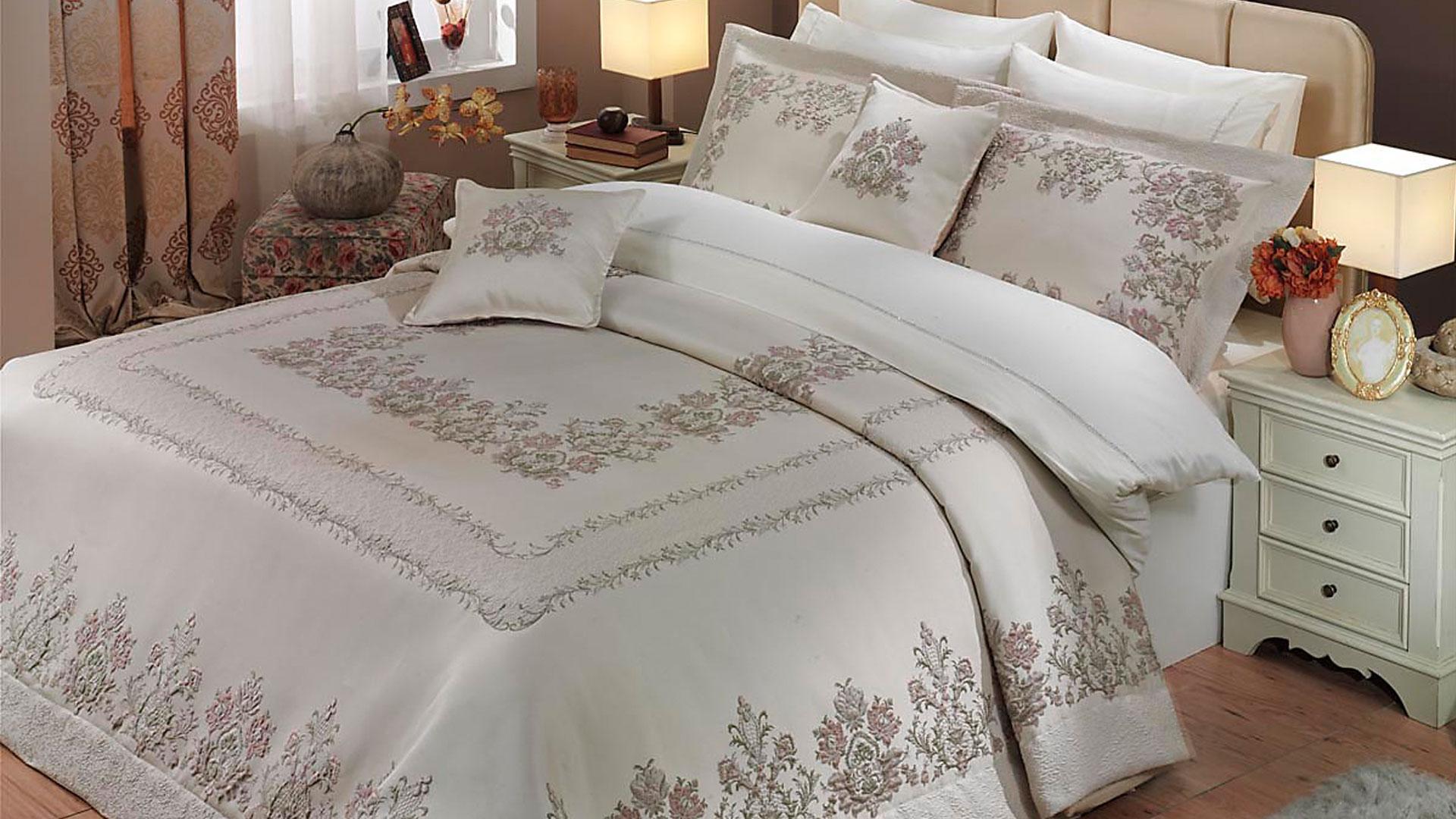yatak-ortusu-jpg.77447 Yatak örtüsü modellerinde şıklık için buraya! Melekler Mekanı Forum