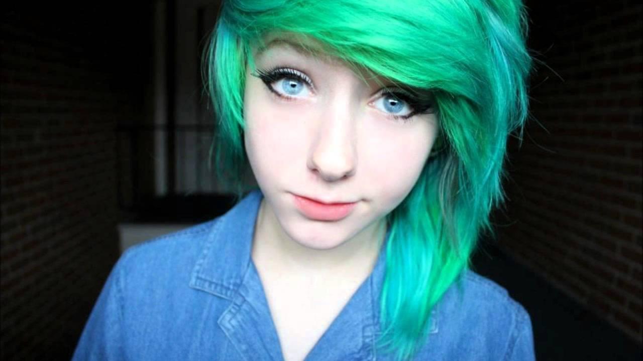 Yeşil Emo Saç Modeli.jpg