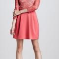 İşlemeli ve dantelli pembe elbise modeli