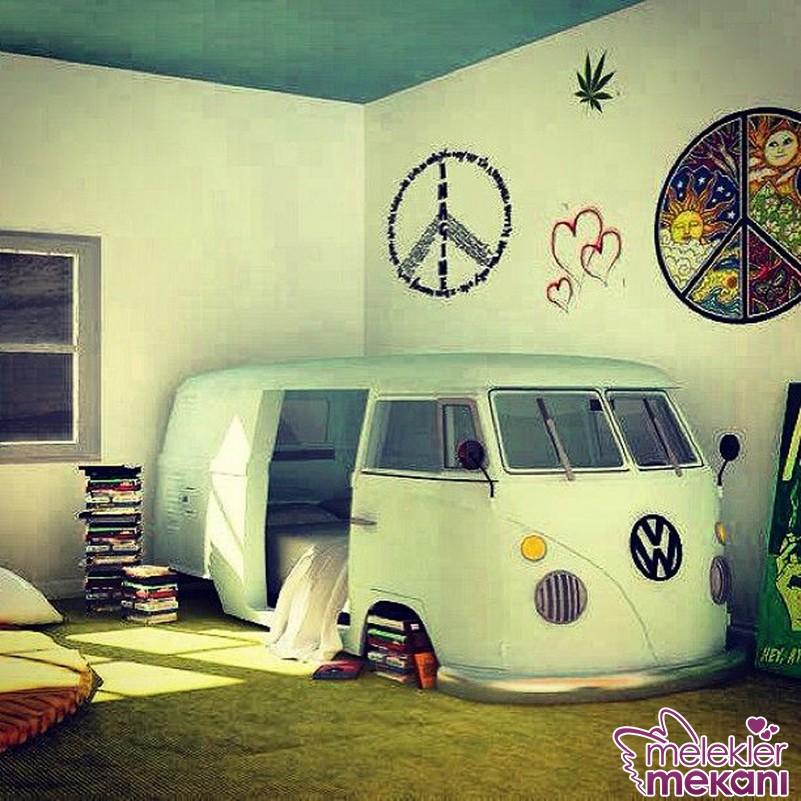 Gençlerin zevkine en uygun dekoratif mobilya görünümleri ile dolu bir oda dekorasyonu elde edebilirsiniz.