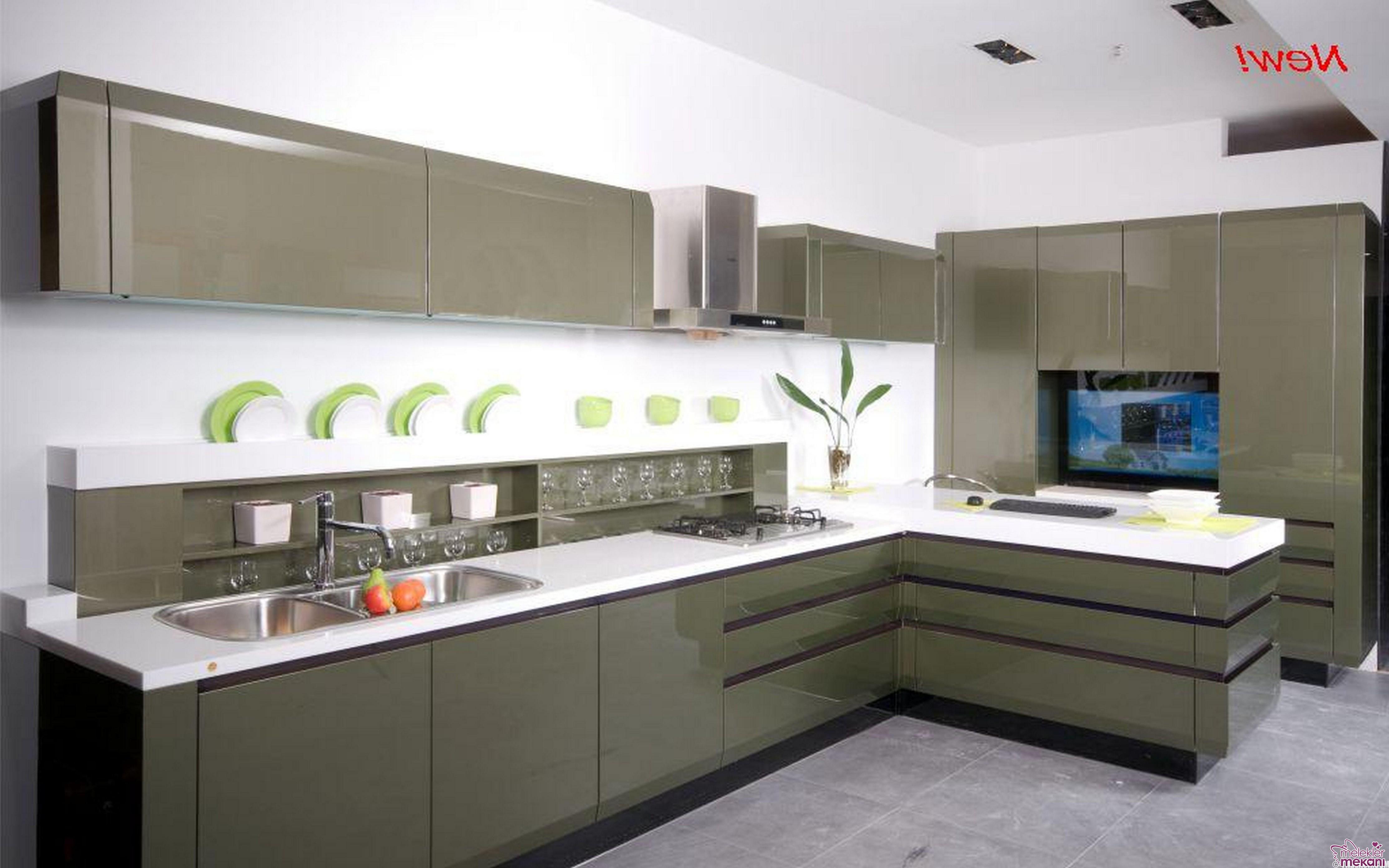 Modern mutfak dekorasyonları tasarımları uygulaması için en güzel mutfak-dolapları 2016 koleksiyonlarından faydalanabilirsiniz.
