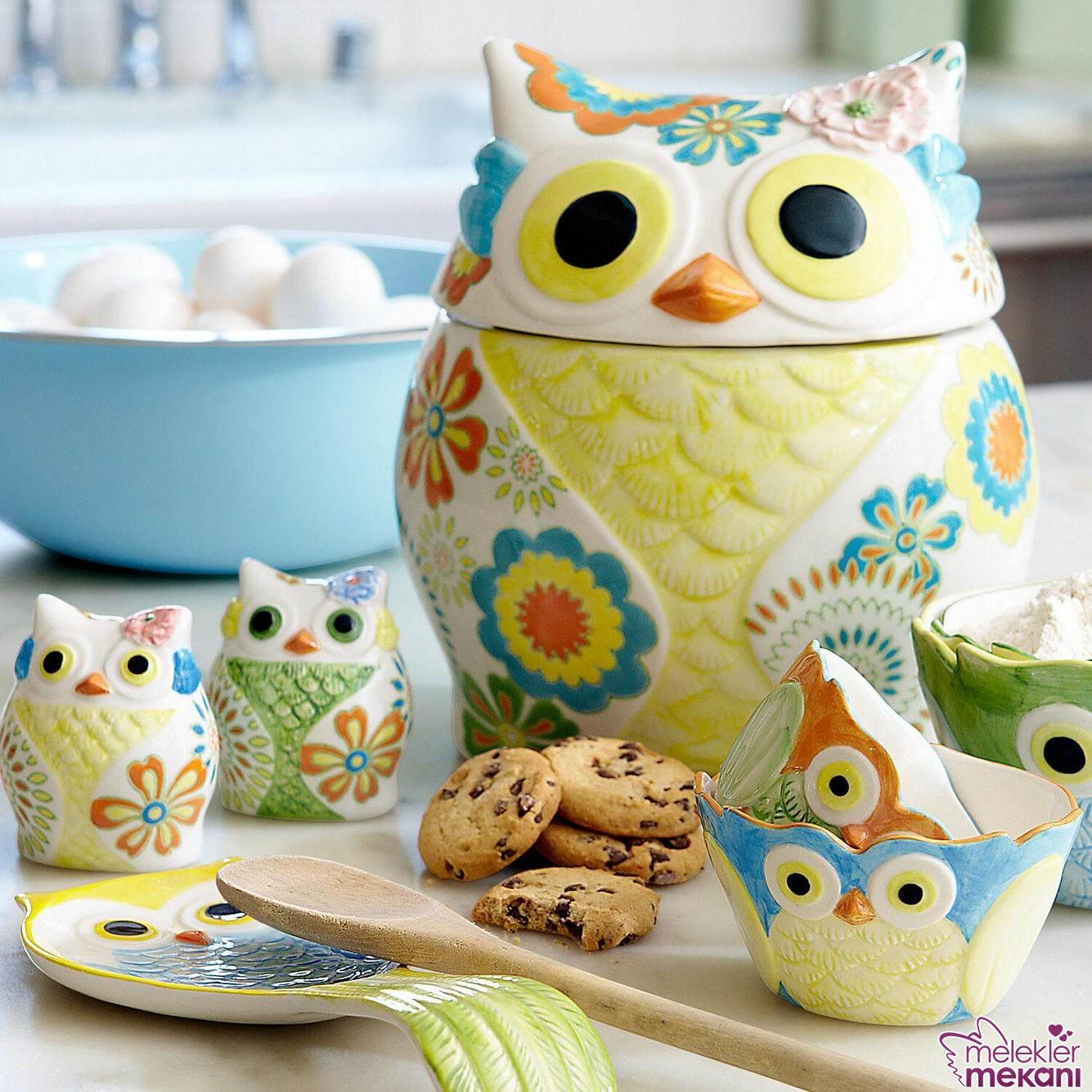 Mutfağınızda baykuş obje modelleri ile gelen dekoratifliklerle dekor değişimi yapabilirsiniz.
