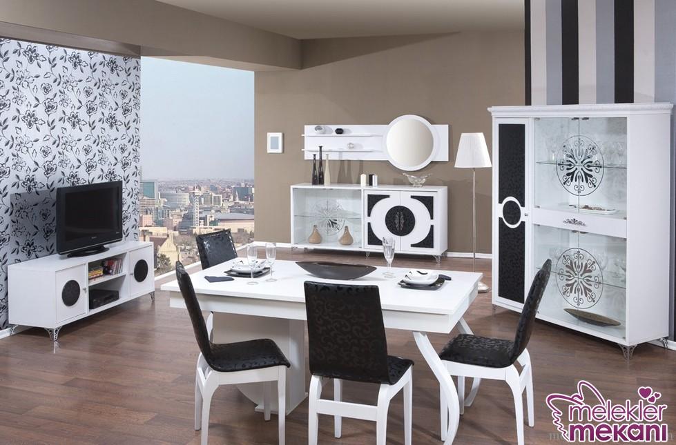 Siyah beyaz yemek odası dekorasyonları ile görünümde estetiksellik elde edebilirsiniz.