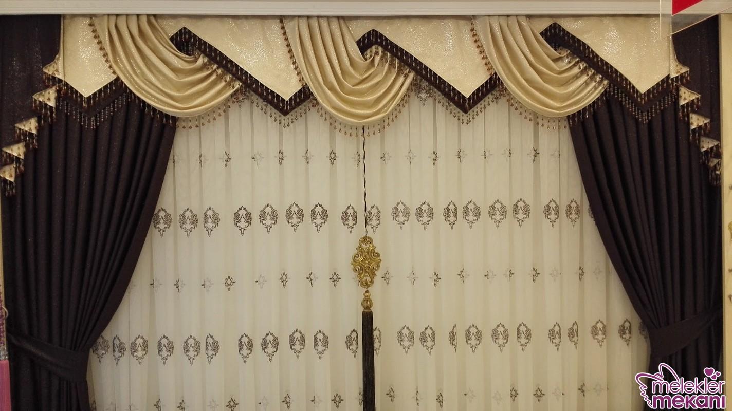 Yeni sezonda tercih edeceğiniz damask desenli perde tasarımları ile modern görünüm bütünlüğünü yakalayabilirsiniz.
