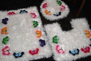 sakallı ipten renkli kelebek motifli klozet takımı