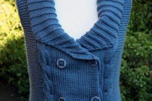 önü dört düğmeli mavi renk kışlık bayan süveter