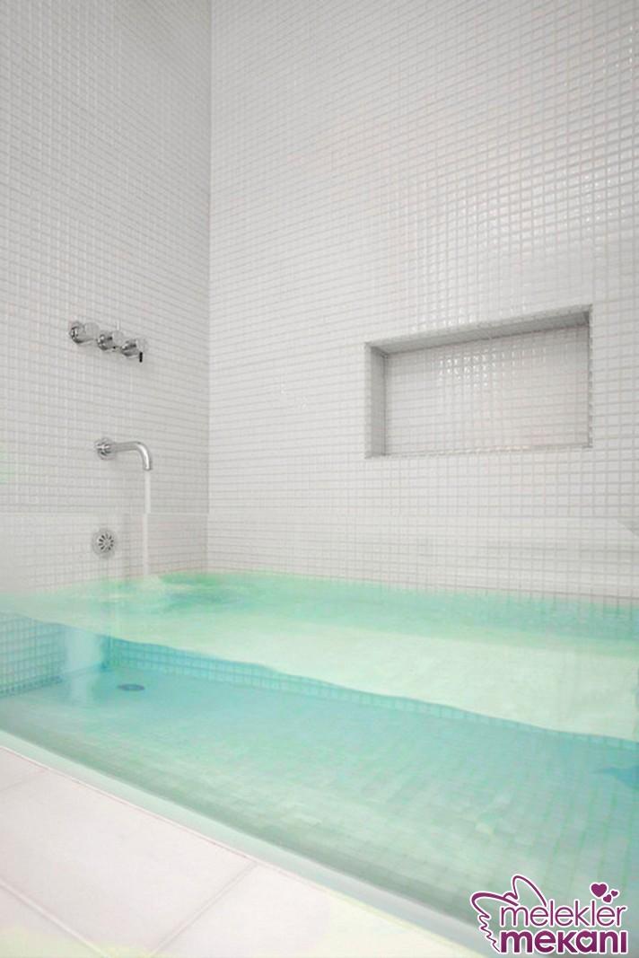 Cam küvet modelleri ile banyolarınızda trend bir seçimde bulunma mutluluğunu tadabileceksiniz.